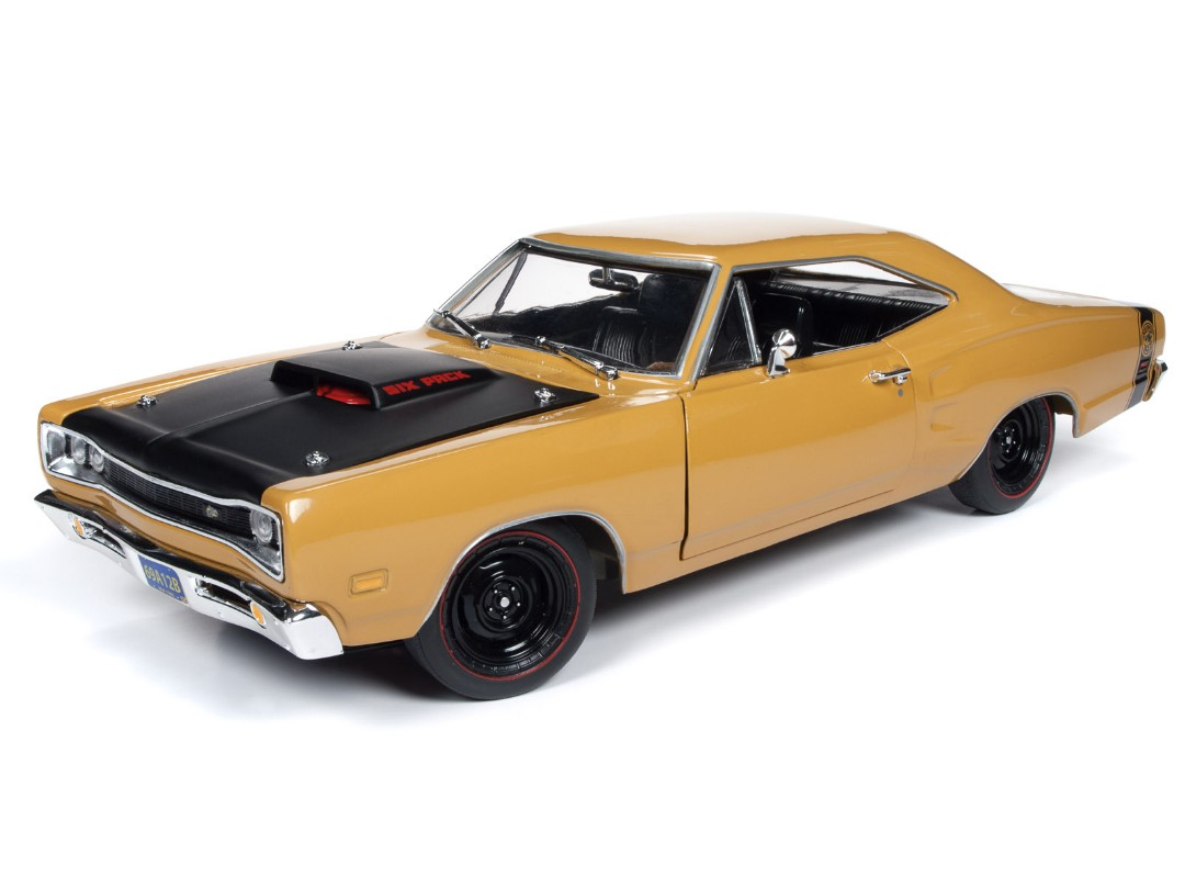 American Muscle 1/18 1969.5 Dodge Super Bee Hardtop