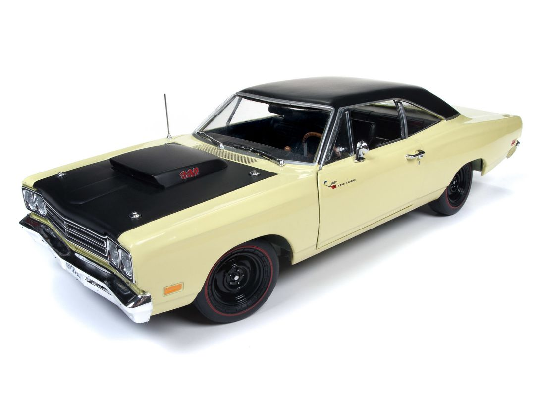 American Muscle 1/18 1969.5 Plymouth Road Runner Coupe (Class o