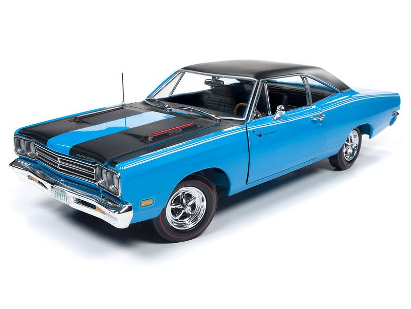 American Muscle 1/18 1969 Plymouth Road Runner Hardtop (Class of