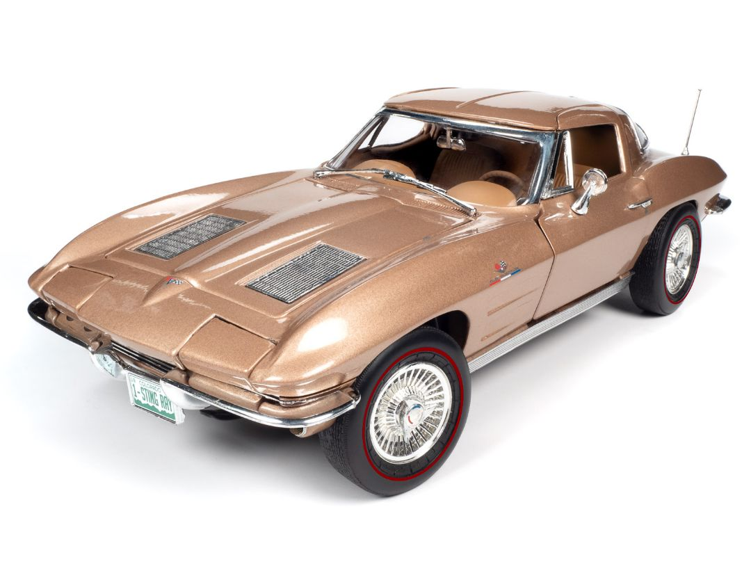 American Muscle 1/18 1963 Chevy Corvette Sting Ray Coupe - Tan