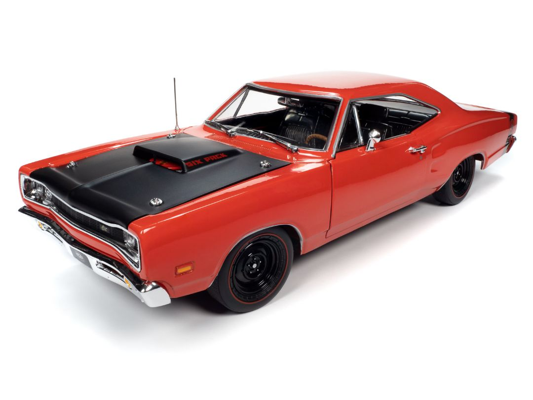 American Muscle 1/18 1969.5 Dodge Super Bee Hardtop (MCACN)