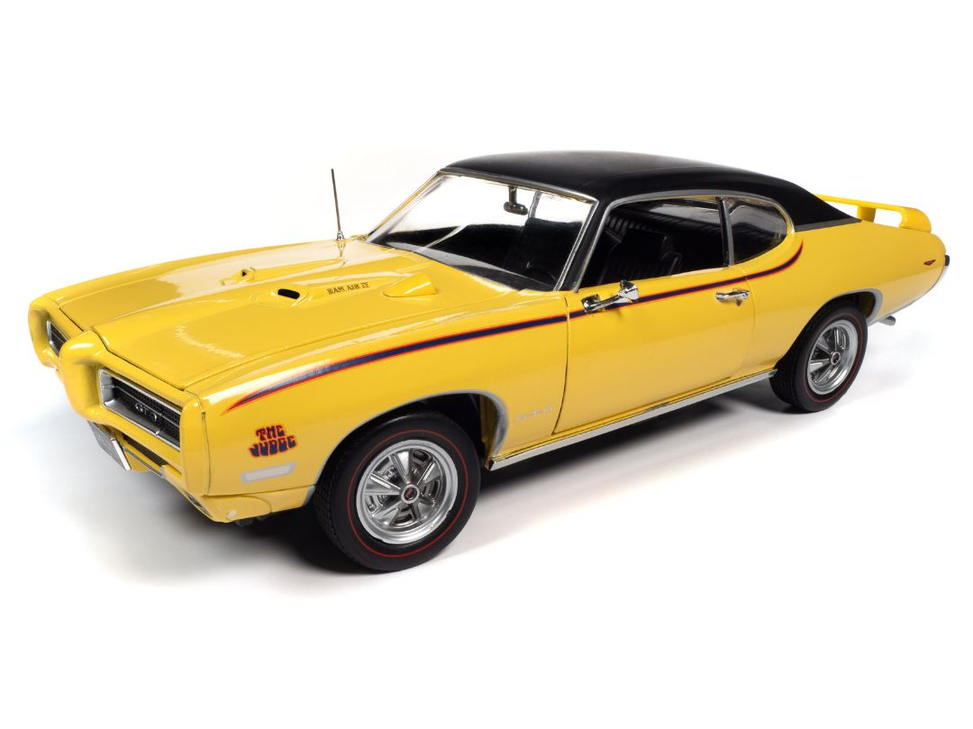 American Muscle 1/18 1969 Pontiac GTO Judge - Goldenrod Yellow