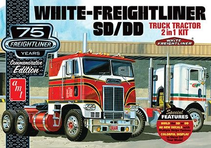 AMT White Freightliner SC/DD Cabover 1/25 Model Kit Level 3 - Click Image to Close