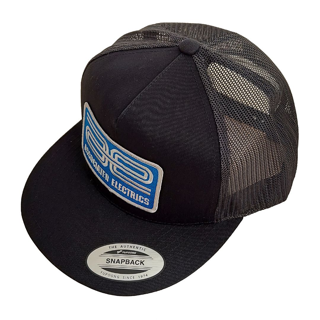 Team Associated AE Logo Trucker Hat, flat bill, black