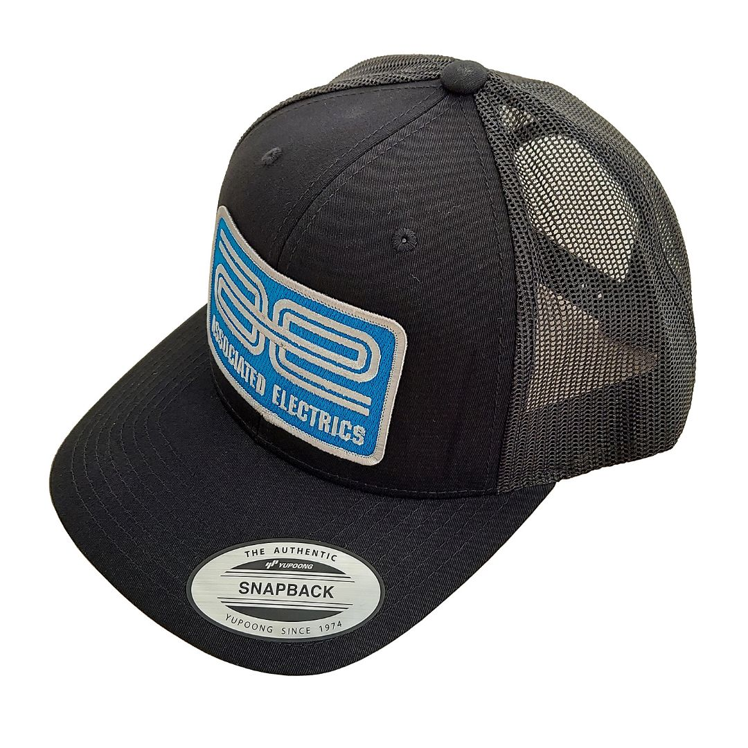Team Associated AE Logo Trucker Hat, curved bill, black