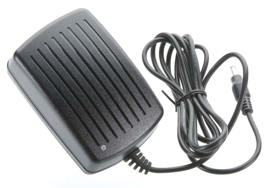 Hitec CG-S55 Overnight Charger for Transmitter NiMh Battery 6-8 cell (No RX Pack Connector)