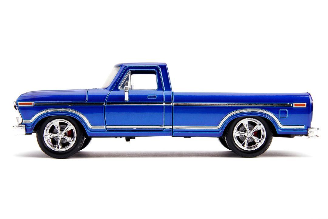 """Jada 1/24 """"Just Trucks"""" 1979 Ford F-150 Pickup Custom Candy Blue"""