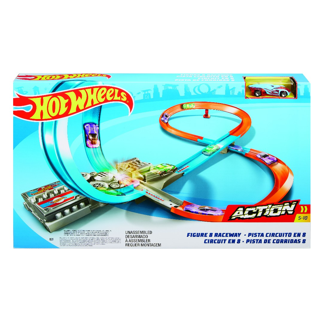 Hot Wheels Figure 8 Raceway (1)