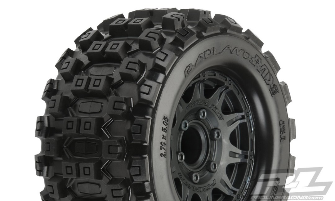 "Pro-Line Badlands MX28 2.8"" MTD Raid Black 6x30 F/R"