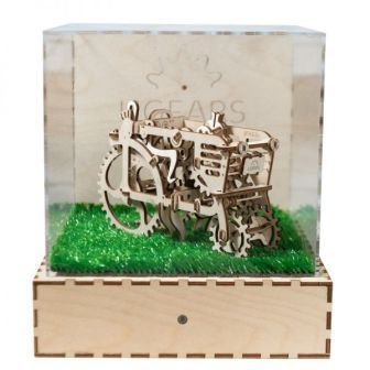 UGears Assembled Demonstration Model Tractor Motion Sensor - EU